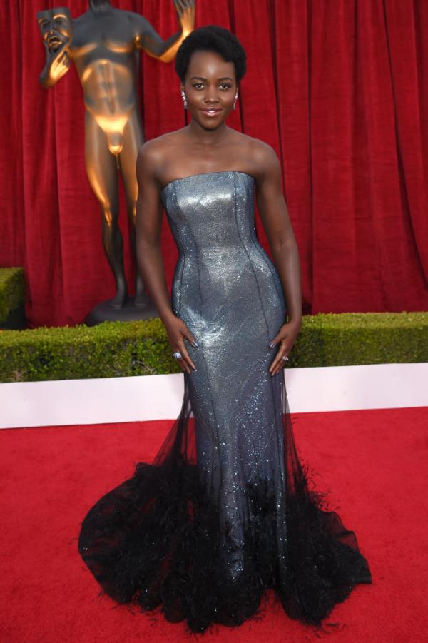 Της Lupita Nyongo